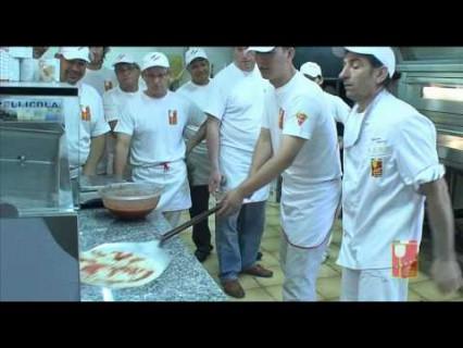 Наш партнер — сеть пицц-школ Scuola Italiana Pizzaioli предлагает обучение в Италии
