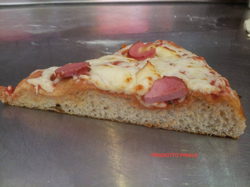 Как мы готовим пиццу теглия (пан-пиццу) в школе Scoula Italiana Pizzaioli
