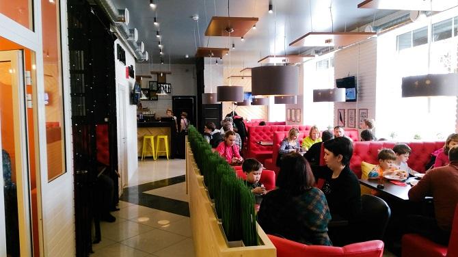 + 1 в списке кафе и ресторанов «ПиццаФабрики»