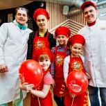 """""""ПиццаФабрика"""" учит детей готовить! Или наше новое предложение для гостей"""