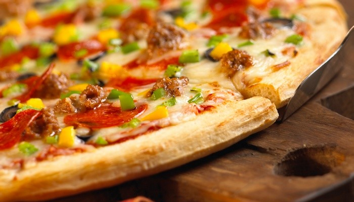Valentain Family (Валентайн Фэмили). Самая важная часть пиццы, что это?